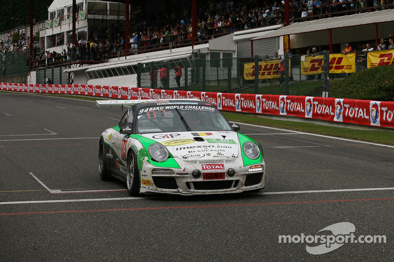 Race over; #94 SpeedLover Porsche 997 GT3 R: Jean-Michel Gerome, Wim Meulders, Rik Renanms, Philippe Richard