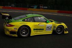 #150 Manthey Racing Porsche 997 GT3 R: Marc Lieb, Richard Lietz, Patrick Pillet