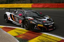 #15 Boutsen Ginion McLaren MP4-12C: Christophe de Fierlant, Marl_®ne Broggi, Karim Ojjeh, Laurent Pasquali