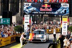 Start of the Rally, Sebastien Ogier, Julien Ingrassia, Volkswagen Polo WRC #8, Volkswagen Motorsport