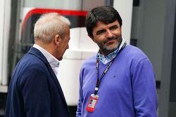 Werner Heinz, agente de Nico Hulkenberg, Sauber, com Luis Garcia Abad, agente de Fernando Alonso, Fe