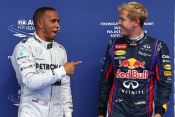 Pole for Lewis Hamilton, Mercedes AMG F1, segundo for Sebastian Vettel, Red Bull Racing