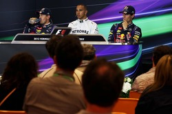 Coletiva pós-treino, Red Bull Racing, segundo; Lewis Hamilton, Mercedes AMG F1, pole position; Mark