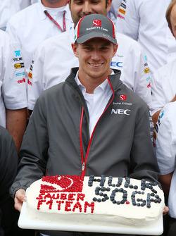 Nico Hulkenberg, Sauber comemora his 50th GP com a equipe