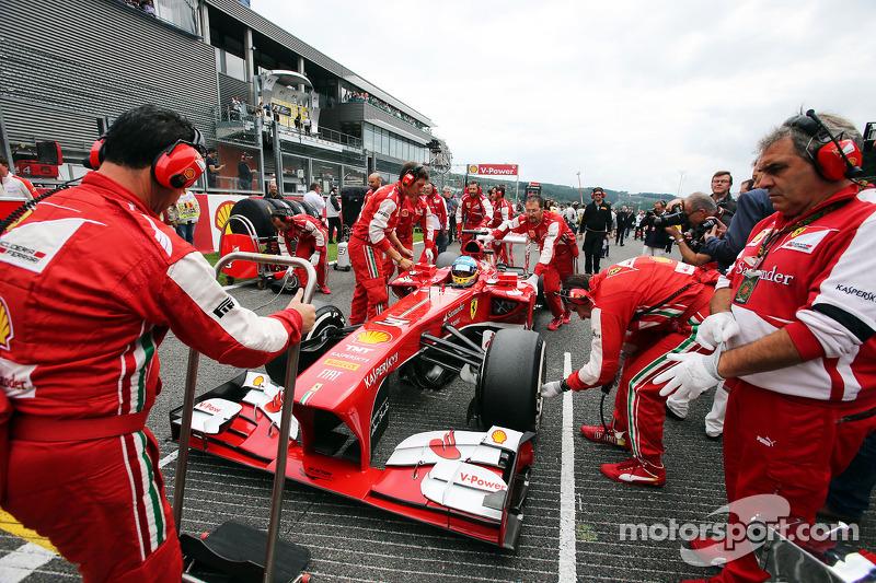 Fernando Alonso, Ferrari en la parrilla