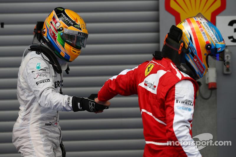 Lewis Hamilton, Mercedes AMG F1 y Fernando Alonso, Ferrari