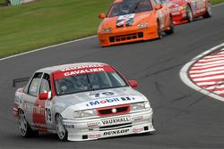 Mark Jones, Vauxhall Cavalier