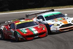 Kamui Kobayashi, Toni Vilander, Rob Bell, Aston Martin Vantage V8