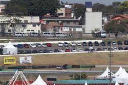 Stephane Sarrazin, Toyota Racing, Toyota TS030, Hybrid valt uit na contact met een achterblijver