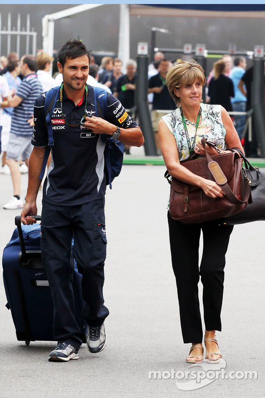 Ann Neal, parceiro de Mark Webber, da Red Bull Racing, com Richard Conner, Personal Trainer