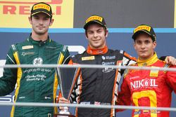 1er Adrian Quaife-Hobbs, 2e Alexander Rossi, 3e Julian Leal