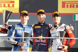 Race winner Daniil Kvyat, second place Nick Yelloly, third place Facu Regalia