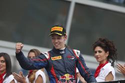 2e plaats Daniil Kvyat