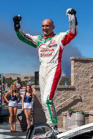 Gabriele Tarquini vince Gara 2