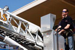 Kurt Busch bezoekt Kansas City Fire Department