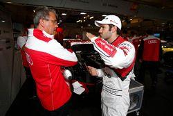 Ernst Moser, Teamchef vom Audi Sport Team Phoenix; Miguel Molina