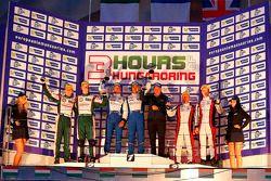 Overall Winnaars Pierre Ragues, Nelson Panciatici, 2e plaats Brendon Hartley, Jonathan Hirschi, 3e p