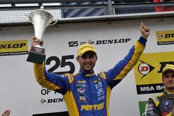 Round 24 Racewinnaar Andrew Jordan
