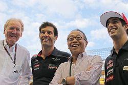 Ron Walker, Chairman do Australian GP Corporation com Mark Webber, Red Bull Racing; Ong Beng Seng, Owner Hotel Properties Ltd e Cingapura Entrepreneur; Daniel Ricciardo, Scuderia Toro Rosso