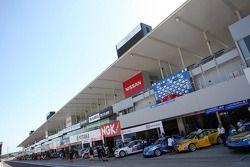 Pit lane 20.09.2013. World Touring Car Championship, Rounds