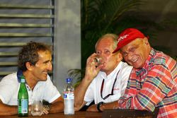 Alain Prost, with Dr Helmut Marko, Red Bull Motorsport Consultant and Niki Lauda, Mercedes Non-Execu