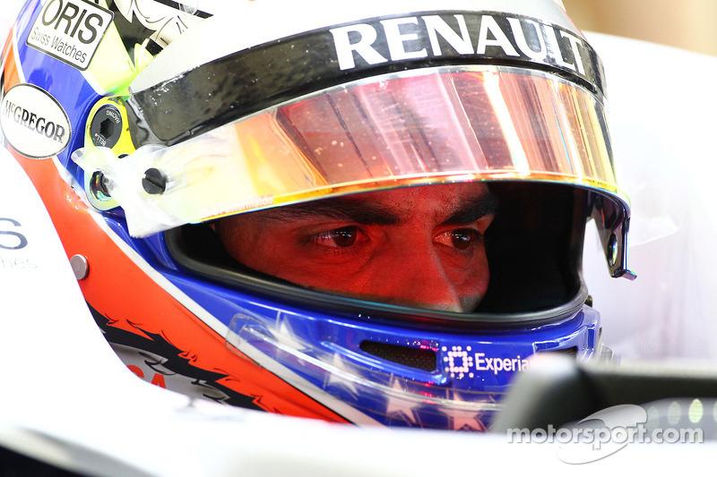 Пастор Мальдонадо, который всего за год до этого стартовал вторым, вылетел из квалификации в первом же сегменте – вместе с пилотами Marussia, Caterham и Полом ди Рестой из Force India