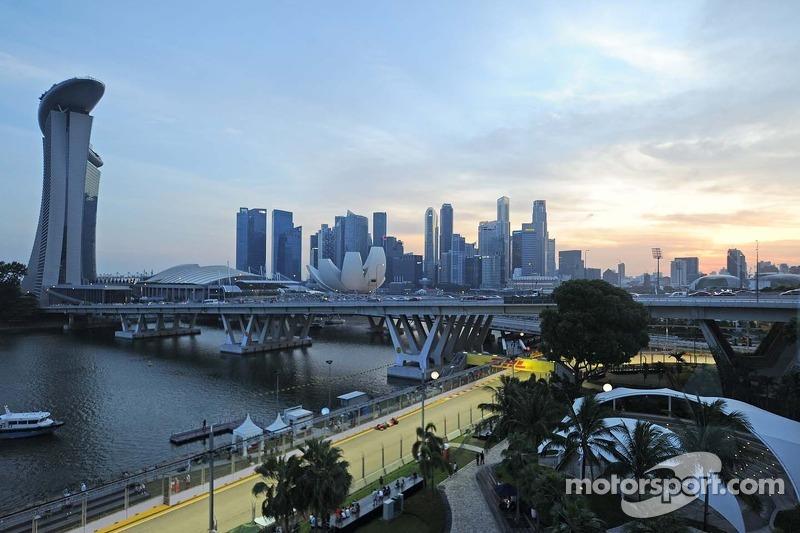 После этого Формула 1 приезжала в Сингапур еще десять раз