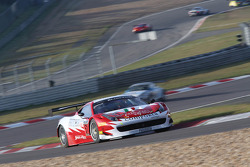 #51 AF Corse Ferrari 458 Italia: Peter Mann, Filipe Barreiros, Francisco Guedes
