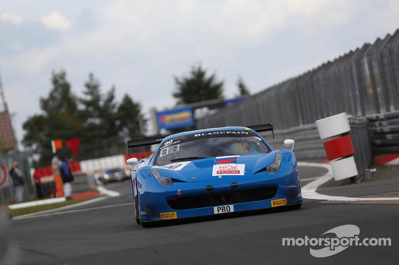 #90 Esta Motorsport Ferrari 458 Italia: Aleander Skryabin, Matteo Bobbi, Alessandro Pier Guidi