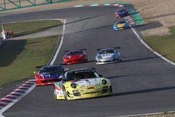 #66 ARC Bratislava Porsche 997 GT3R: Miro Konopka, Ahmad Al Harthy