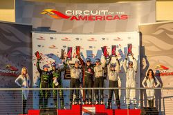 Scott Tucker et Ryan Briscoe, Marino Franchitti et Guy Cosmo, Ed Brown et Johannes van Overbeek