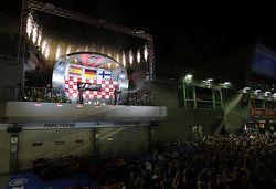 Sebastian Vettel, Red Bull Racing, Kimi Räikkönen, Lotus F1 Team et Fernando Alonso, Scuderia Ferrari