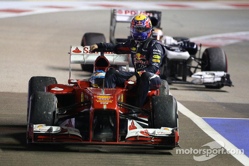 Singapur 2013: Fernando Alonso (Ferrari) - Mark Webber (Red Bull)