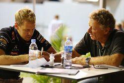 Sebastian Vettel, Red Bull Racing con Hermann Tilke, diseñador de circuitos