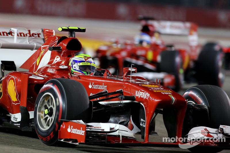 Фелипе Масса опередил своего партнера по команде Фернандо Алонсо, но пилоты Ferrari показали только шестой и седьмой результаты