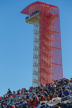 Tower and fans watch the ALMS race Circuit of the Americas