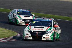 Tiago Monteiro, Honda Civic Super 2000 TC, Honda Racing Team Jas and Gabriele Tarquini, Honda Civic,