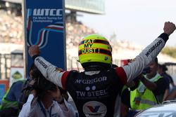 Tom Coronel, BMW E90 320 TC, ROAL Motorsport racewinnaar