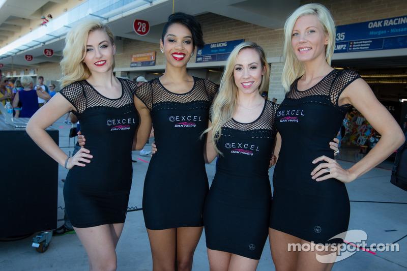 Charming OAK Racing girls