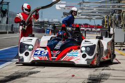 Pit stop #49 Pecom Racing Oreca 03 - Nissan: Luis Perez-Companc, Nicolas Minassian, Pierre Kaffer