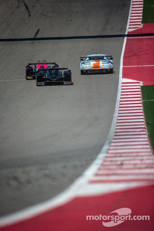 #96 Aston Martin Racing Aston Martin Vantage V8: Stuart Hall, Jamie Campbell-Walter, #35 OAK Racing