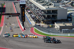 Largada: #552 Level 5 Motorsports HPD ARX-03b HPD: Scott Tucker, Marino Franchitti, Guy Cosmo e #551