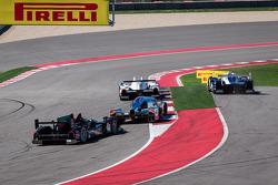 Largada: #16 Dyson Racing Team Lola B12/60 Mazda: Tony Burgess, Chris McMurry goes off track e #6 Mu