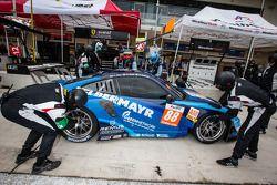 #88 Proton Competition Porsche 911 GT3 RSR: Christian Ried, Gianluca Roda, Paolo Ruberti