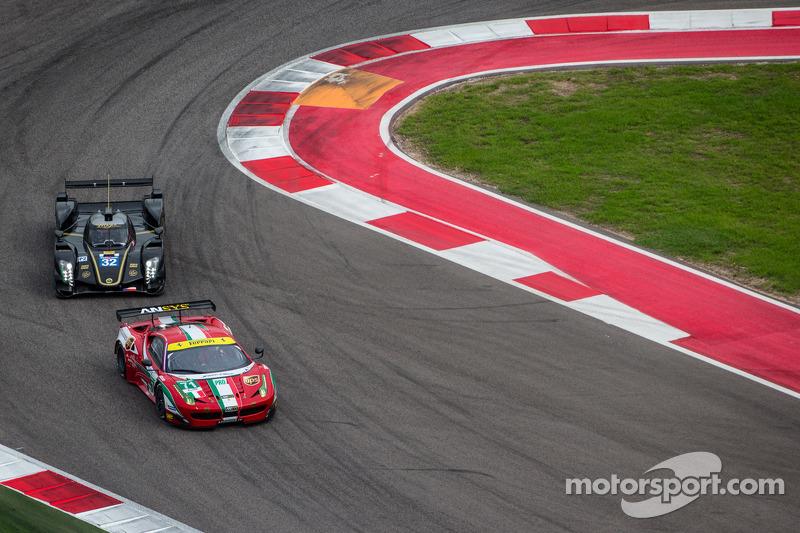 #71 AF Corse Ferrari 458 Italia: Kamui Kobayashi, Toni Vilander, #32 Lotus Lotus T128: Thomas Holzer