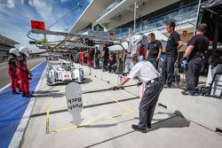 #2 Audi Sport Team Joest Audi R18 e-tron quattro: Tom Kristensen, Loic Duval, Allan McNish