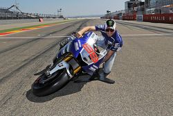 Jorge Lorenzo, Yamaha Factory Racing and the lean angle demonstration