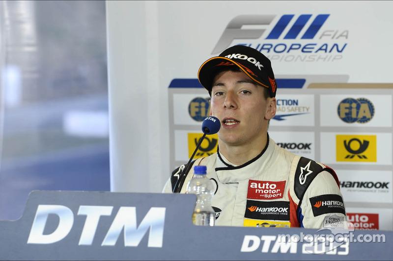 3e plaats Alex Lynn
