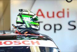 Helm von Timo Scheider, Audi Sport Team ABT Sportsline