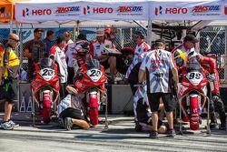 Hero bikes klaar voor de kwalificatie
